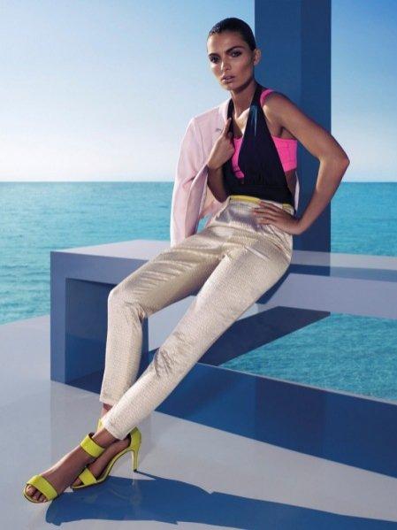Clare Remer w sesji dla magazynu H&M