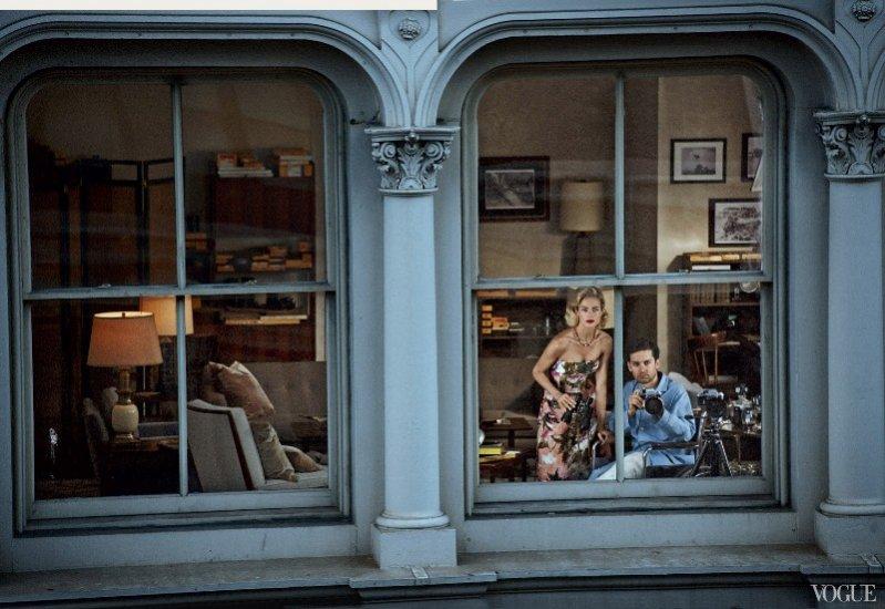 Carolyn Murphy i Tobey Maguire w retro sesji dla Vogue US