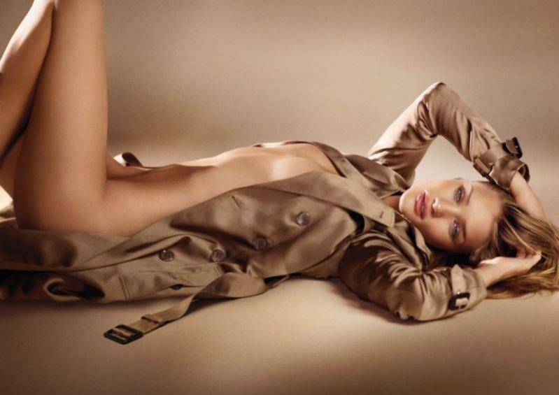 Rosie Huntington-Whiteley w kampanii perfum - Burberry Body