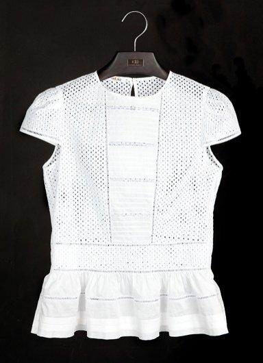 Carolina Herrera mini kolekcja białych koszul