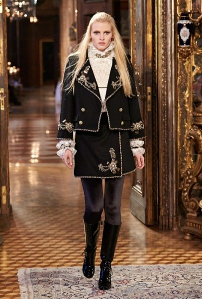 1. CHANEL - KOLEKCJA MÉTIERS D'ART PARIS- SALZBURG PRE FALL 2015