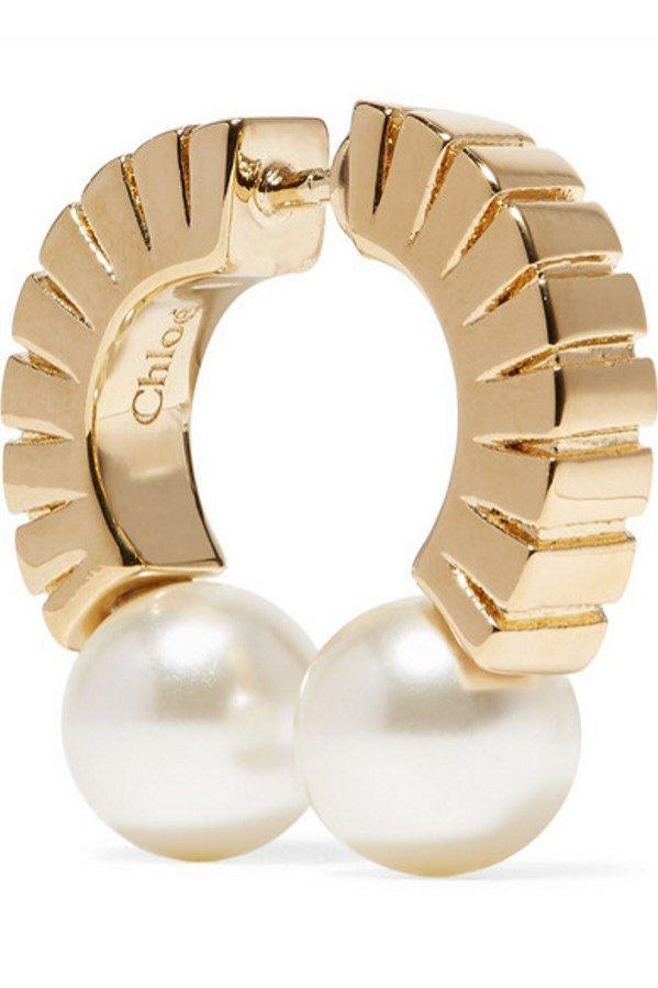 Złote kolczyki z perłami, Chloe, 140 funtów