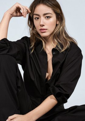 INTERVIEW WITH CHLOE BENNET, BOSS ALIVE AMBASSADOR
