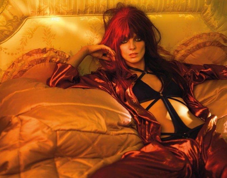 1. Kate Moss w roli stylistki sesji dla marcowego Vogue UK