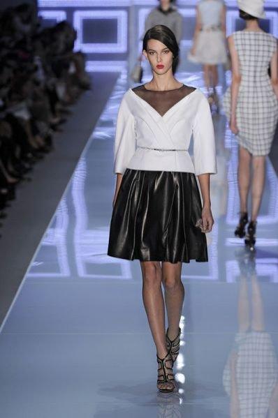 Ruby Aldridge na pokazie kolekcji Dior wiosna lato 2012
