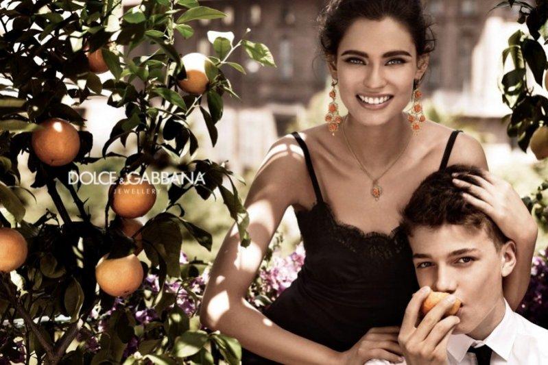 Bianca Balti Dolce & Gabbana jewelry 2012