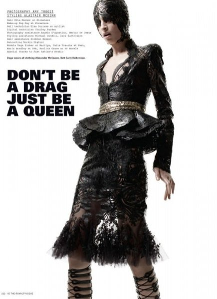 Sesja zdjęciowa Don't Be a Drag, Just Be a Queen - i-D magazine Royalty Issue