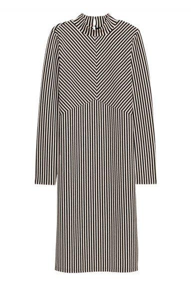 Sukienka w pionowe paski, H&M, 59 pln