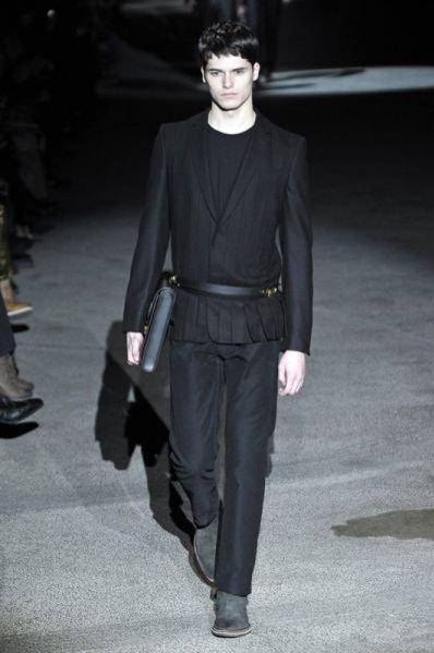 Pokaz męskiej kolekcji Louis Vuitton jesień zima 2011