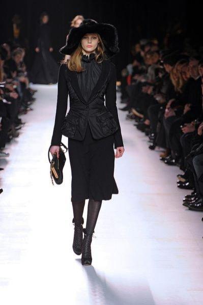 Pokaz kolekcji Nina Ricci jesień zima 2011