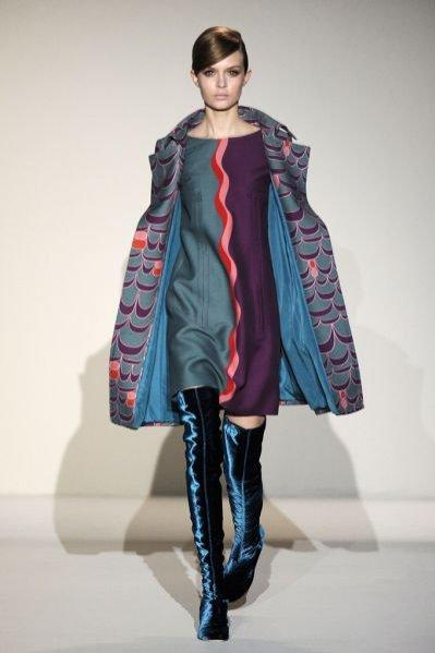 Pokaz kolekcji Alberta Ferretti jesień zima 2011