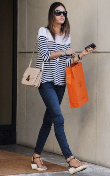 Alessandra Ambrosio na zakupach