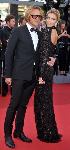 Peter Dundas i Anja Rubik na premierze