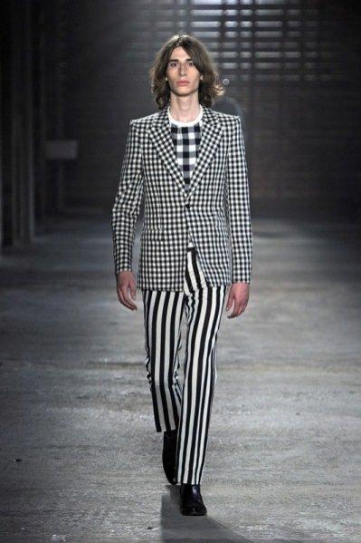 Pokaz męskiej kolekcji Alexander McQueen wiosna lato 2012