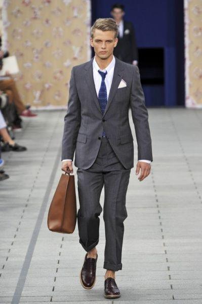 Pokaz męskiej kolekcji Louis Vuitton wiosna lato 2012