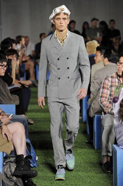 Pokaz męskiej kolekcji Prada wiosna lato 2012