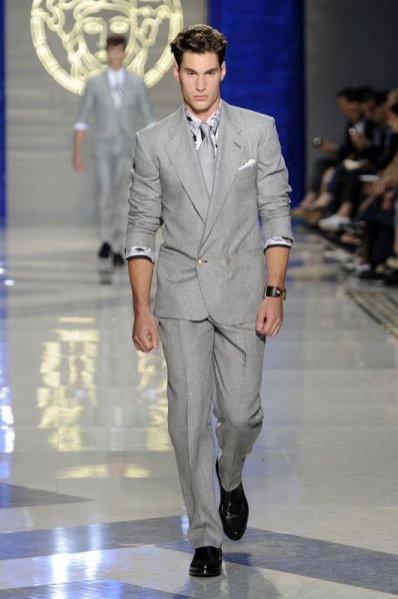 Pokaz męskiej kolekcji Versace wiosna lato 2012