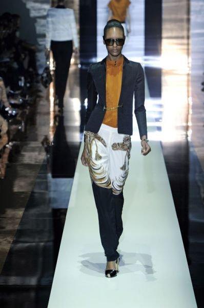 Pokaz damskiej kolekcji Gucci wiosna lato 2012