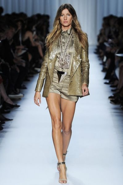 Gisele Bündchen na pokazie kolekcji Givenchy wiosna lato 2012