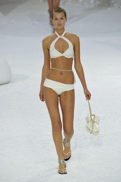 Pokaz kolekcji Chanel wiosna lato 2012