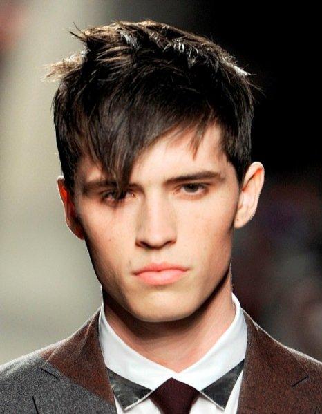 Trendy w męskich fryzurach jesień zima 2012/13 - pokaz Bottega Veneta