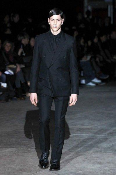 Pokaz męskiej kolekcji Givenchy jesień zima 2012/13