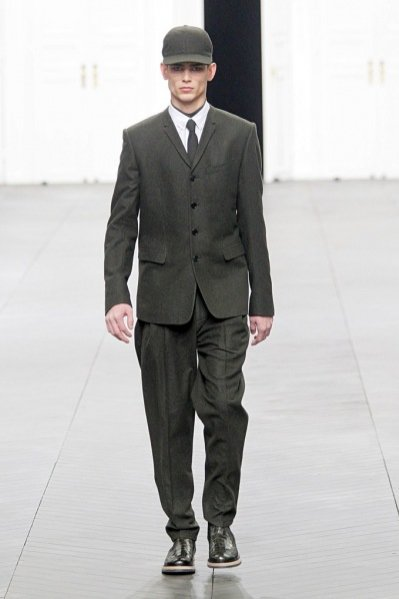 Pokaz kolekcji Dior Homme jesień zima 2012/13