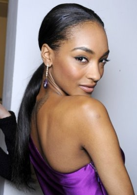 ZOOM NA MODELKĘ – JOURDAN DUNN