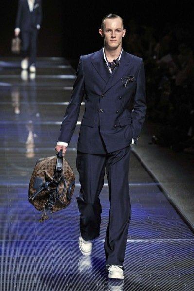 Pokaz męskiej kolekcji Louis Vuitton wiosna lato 2013
