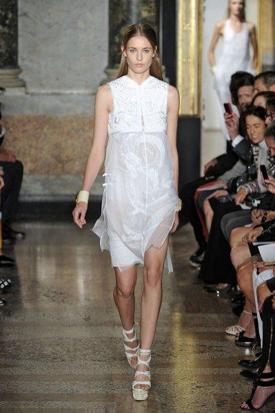 Pokaz kolekcji Emilio Pucci wiosna lato 2013