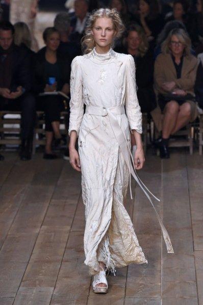 1. Alexander McQueen - kolekcja wiosna lato 2016