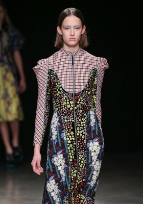 MARY KATRANTZOU READY-TO-WEAR JESIEŃ ZIMA 2017