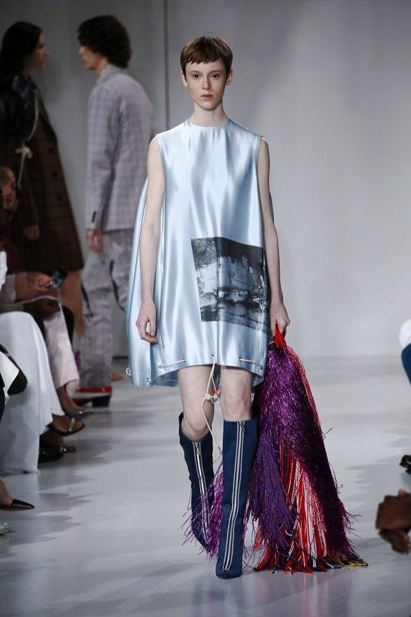 Trendy kolorystyczne wiosna lato 2018 - Calvin Klein (1)