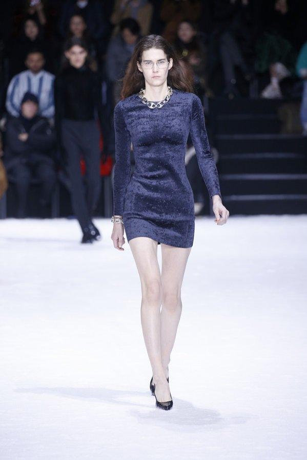 Balenciaga jesień zima 2018/19 - pokaz mody (1)