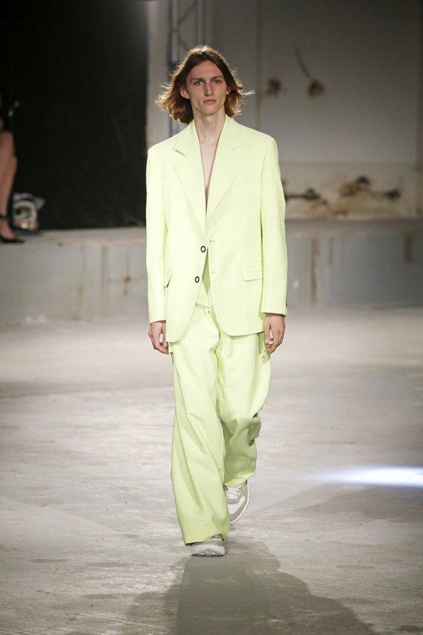 Trendy wiosna lato 2019 - moda męska (1)