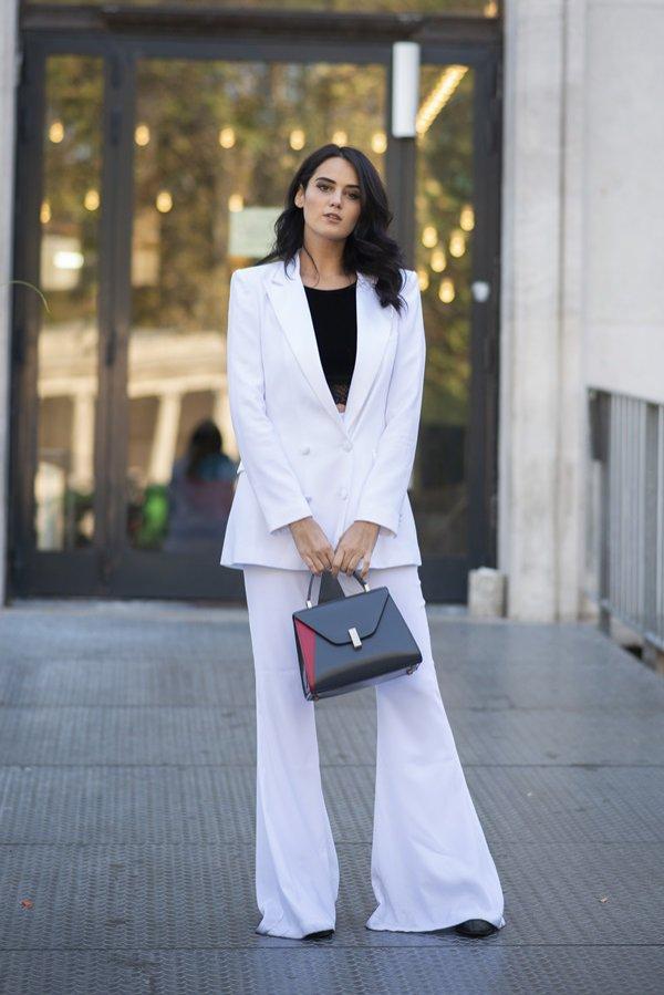 Damski garnitur - moda inspirowana latami 80.