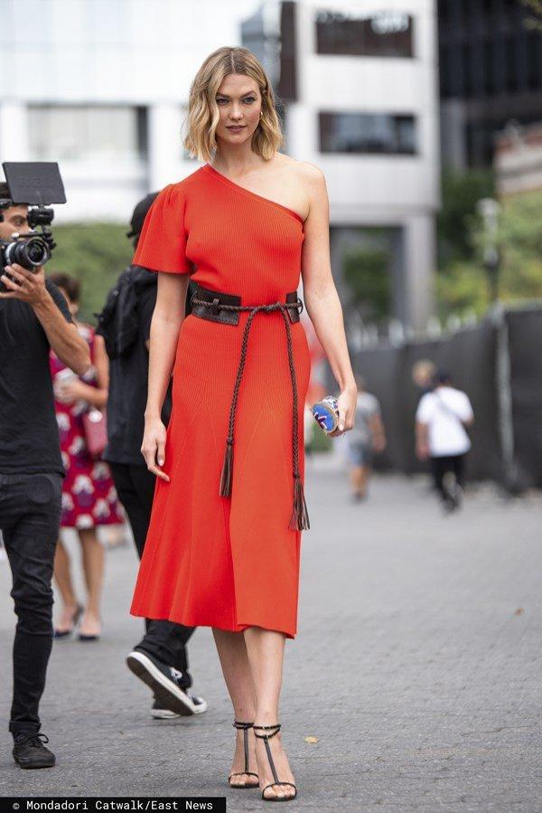 Moda uliczna wiosna lato 2020: Karlie Kloss