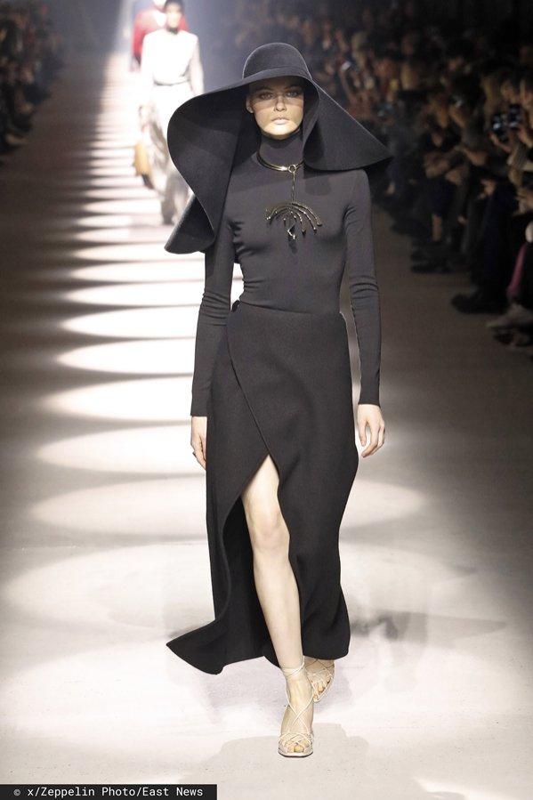 Givenchy - pokaz jesień zima 2020/21 (1)