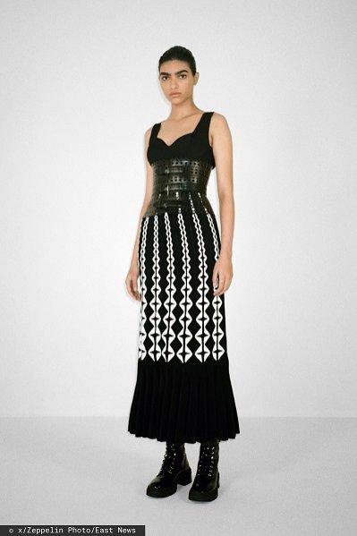 Sukienka na ramiączka, Alaia