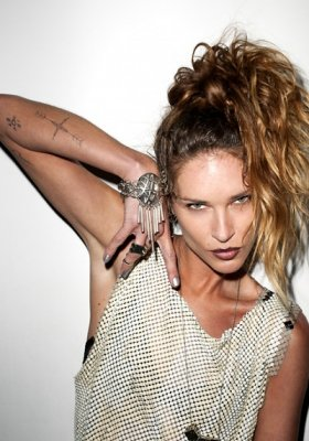 ERIN WASSON W KAMPANI LOW LUV WIOSNA LATO 2012 – LIKE A VIRGIN?