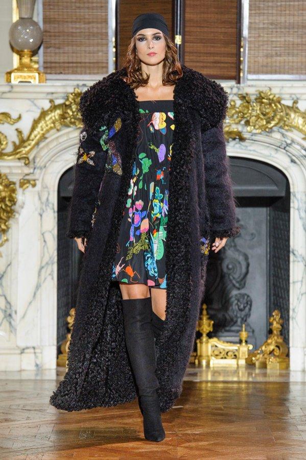 Tydzień mody haute couture w Paryżu: Ewa Minge Jesień Zima 2017/18 (1)