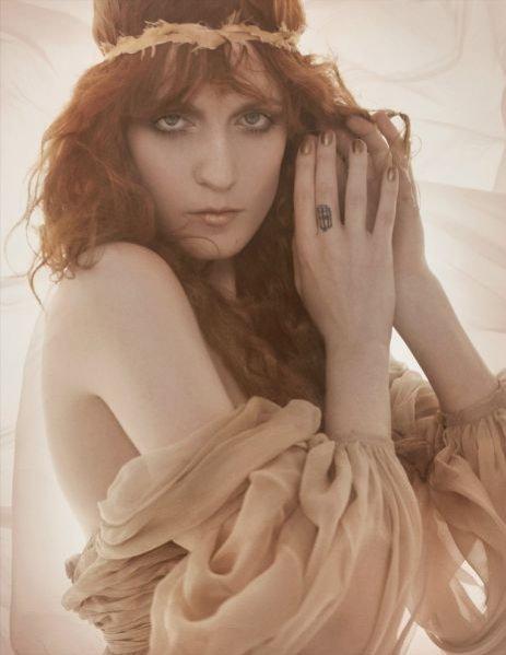 Florence Welch w styczniowym numerze brytyjskiego Vogue