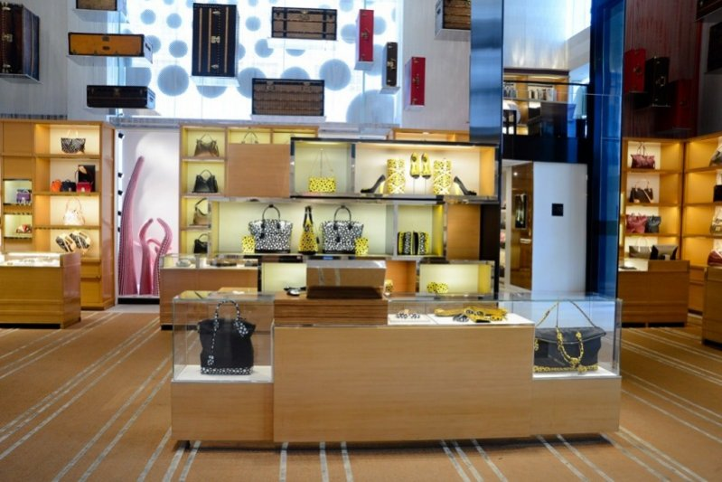 Wnętrze butiku Louis Vuitton w Nowym Jorku