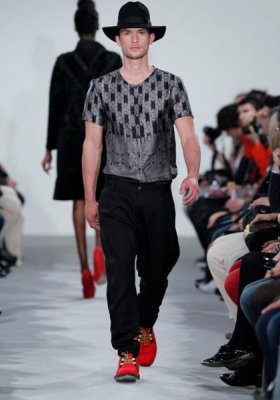 PIOTR DRZAŁ NA LISBOA FASHION WEEK
