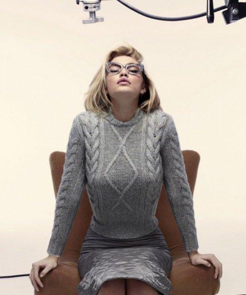 1. Gigi Hadid nową twarzą marki Max Mara