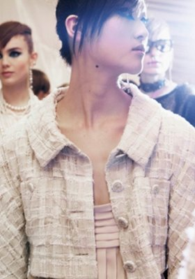 BACKSTAGE POKAZU CHANEL CRUISE 2013/14
