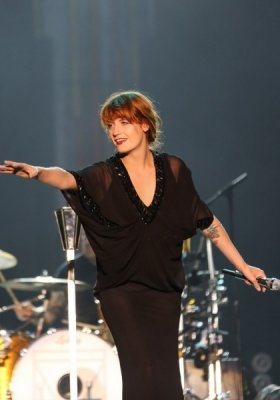 ZOOM NA STYL – FLORENCE WELCH
