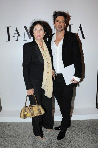 gwiazdy na pokazie La Mania wiosna lato 2014 - Marcin Tyszka z mamą