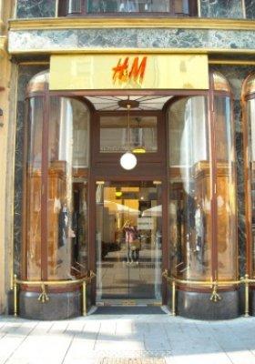 WZROST SPRZEDAŻY W H&M GROUP