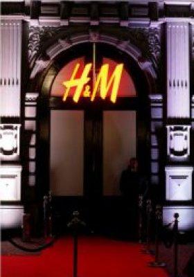"""""""INNE HISTORIE"""" SZWEDZKIEJ MARKI H&M"""